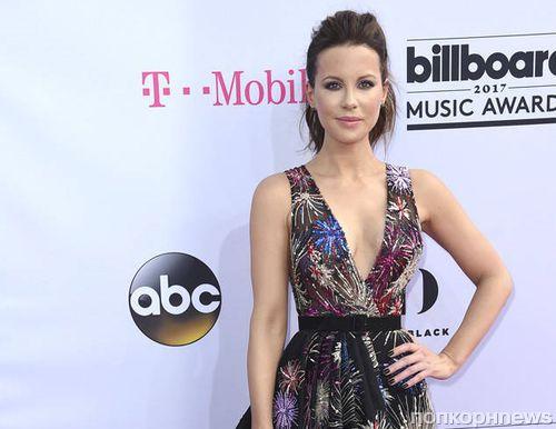 Фото: звезды на красной дорожке Billboard Music Awards 2017
