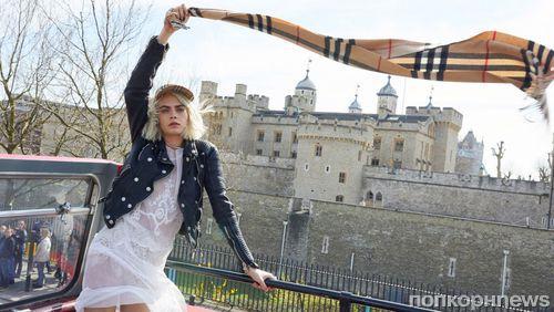 Видео: Кара Делевинь поет в новой рекламной кампании Burberry