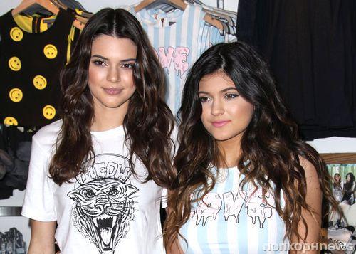 Сестры Дженнер представили свою коллекцию Kendall & Kylie