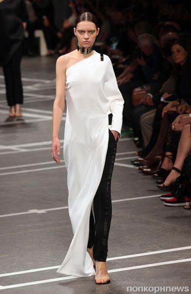 Модный показ Givenchy. Весна / лето 2013