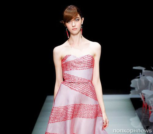 A fashion show of the new collection of Giorgio Armani.  Spring / Summer 2016