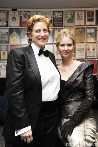 Синтия Никсон вышла замуж за свою давнюю подругу Кристин Маринони