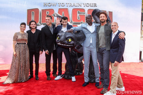 """Премьера фильма """"Как приручить дракона 2"""" в Лос-Анджелес"""
