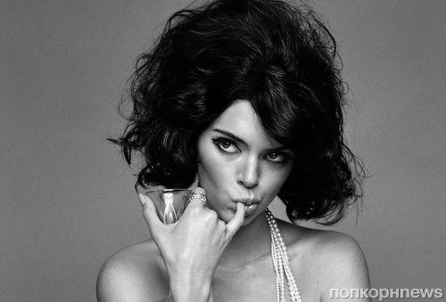 Кендалл Дженнер снялась топлес в фотосессии для LOVE Magazine