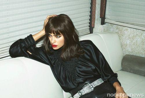 Ирина Шейк примерила новый образ с челкой в парижском Vogue