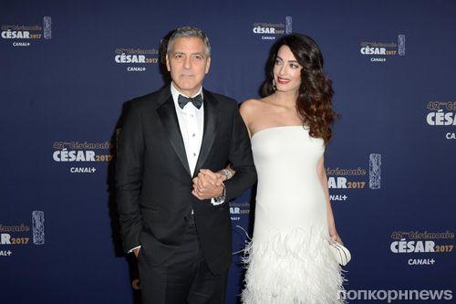 Фото: Джордж и Амаль Клуни вышли на красную дорожку кинопремии «Сезар»