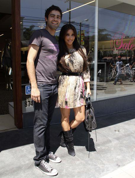 Ким Кардашиан и Адриан Гренье ходят по магазинам вместе