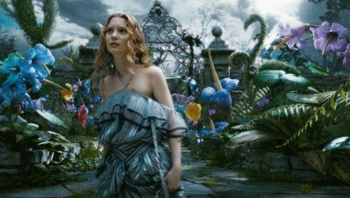 Расширенный трейлер фильма Тима Бертона «Алиса в стране Чудес»