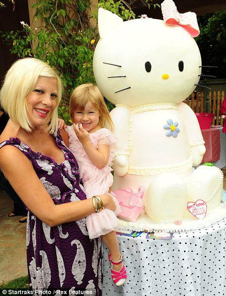 День рождения дочери Тори Спеллинг