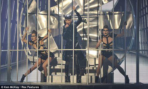 Николь Шерзингер и Джастин Бибер на шоу X-Factor