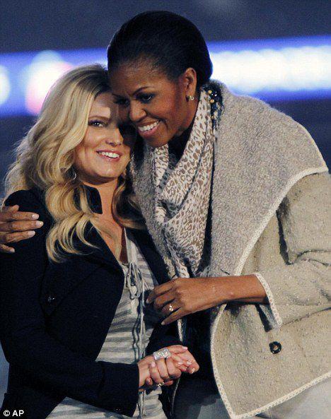 Джессика Симпсон и Мишель Обама поддержали военных