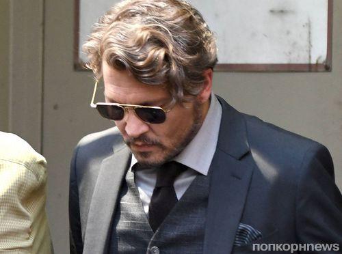 Фото: Джонни Депп примеряет образ профессора на съемках нового фильма