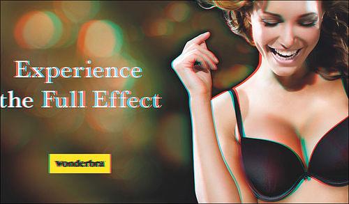 Реклама Wonderbra 3D