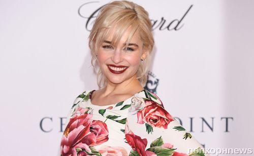 Звезда «Игры престолов» Эмилия Кларк раскритиковала Голливуд за «шокирующую» разницу в гонорарах мужчин и женщин