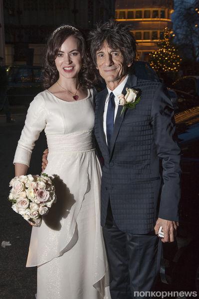 Гитарист группы Rolling Stones женился