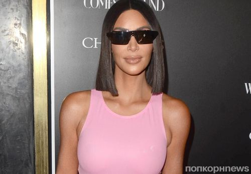Ким Кардашьян вышла на красную дорожку в розовом латексе