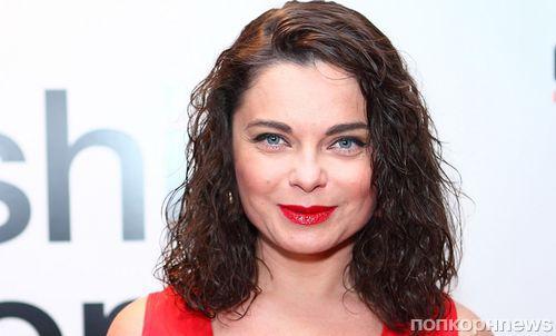 Наташа Королёва представила откровенный клип на песню «Петли-поцелуи»