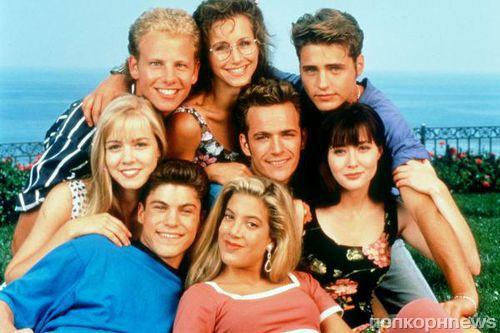 «Беверли-Хиллз, 90210» отмечает 25-летие: выбираем самые красивые пары сериала!