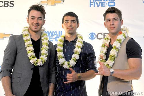 Группа The Jonas Brothers окончательно распалась