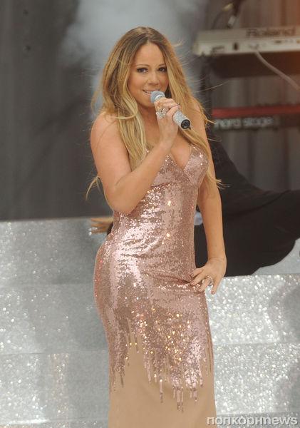 Платье Мэрайи Кэри порвалось в прямом эфире GMA