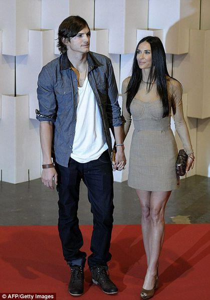 Деми Мур и Эштон Кутчер на Неделе моды в Бразилии