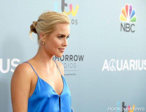 Звезда «Древних» Клэр Холт объявила о помолвке через несколько месяцев после развода