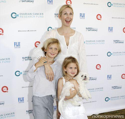 Келли Разерфорд обязали вернуть детей бывшему мужу