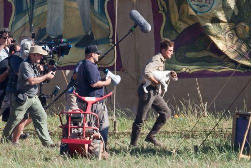 Роберт Паттинсон и Кристоф Вальц на съемках фильма «Воды слонам!». 7 июля