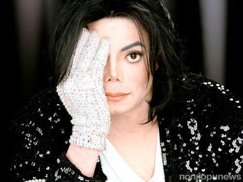 Майкл Джексон после смерти зарабатывает больше, чем при жизни