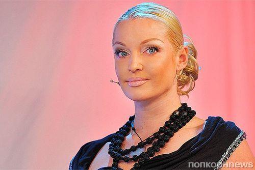 Анастасия Волочкова ответила на обвинения в алкоголизме: «Всей стране желаю такого»