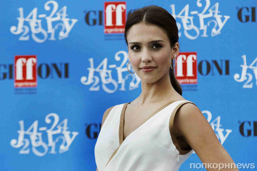 Джессика Альба на кинофестивале Giffoni