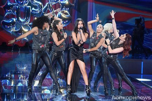 Фото: грандиозный модный показ Victoria's Secret Fashion Show 2015