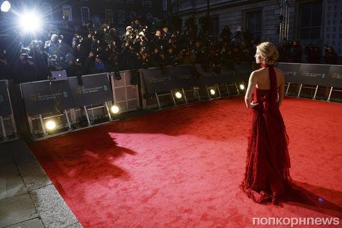 Звезды на красной дорожке «британского Оскара» - церемонии вручения наград BAFTA Awards в Лондоне