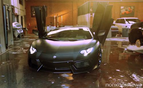 Ким Кардашиан подарила Канье Уэсту Lamborghini Aventador