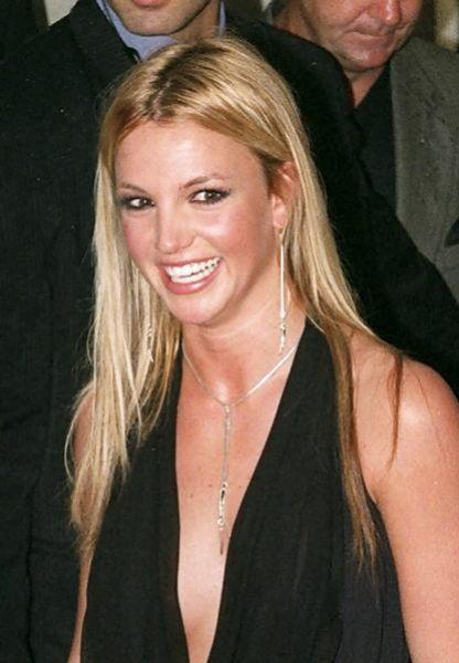 Новый альбом Бритни Спирс выйдет в июне 2010