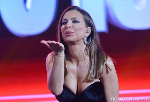 Ани Лорак откровенно рассказала о разводе в новой песне «Я тебя ждала»