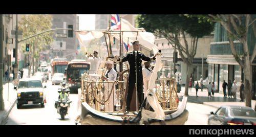Новый клип Робби Уильямса - Go Gentle
