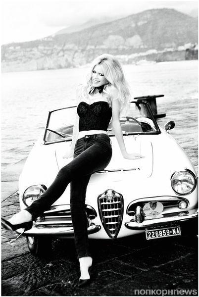 Клаудиа Шиффер в рекламном ролике Guess