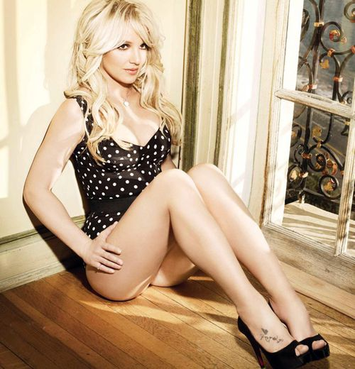 """Новые промо-фото Бритни Спирс к альбому """"Femme Fatale"""""""