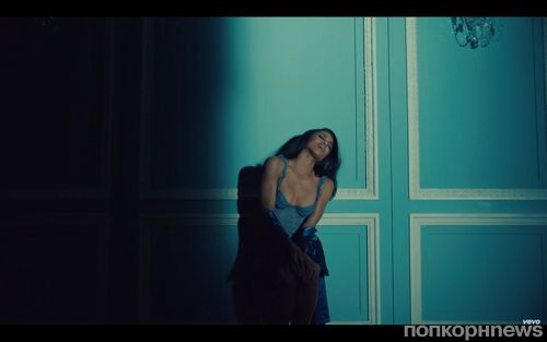 Сиара выпустила новый клип на песню Dance Like We're Making Love