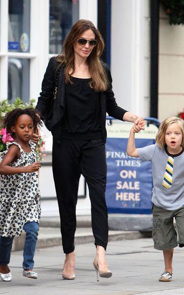 Лондонские будни детей Джоли-Питт