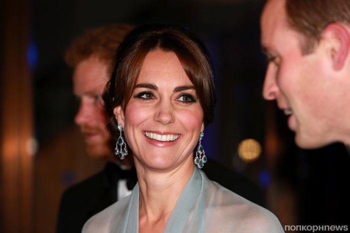 Кейт Миддлтон появилась на лондонской премьере фильма «007: Спектр» без нижнего белья