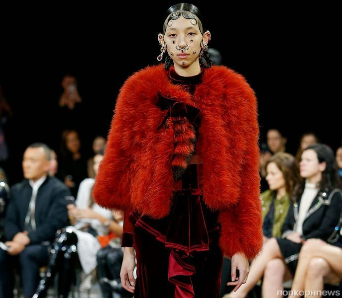e5126a9aa848 Модный показ новой коллекции Givenchy. Осень   зима 2015-2016