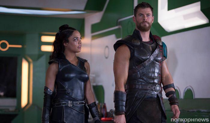 Звезды «Тор: Рагнарек» Крис Хемсворт и Тесса Томпсон воссоединятся в спин-оффе «Людей в черном»