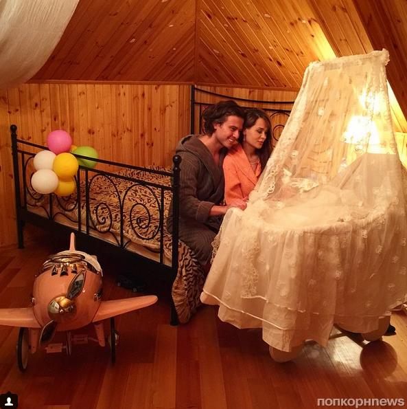 Прохор Шаляпин показал первое фото с новорожденным сыном
