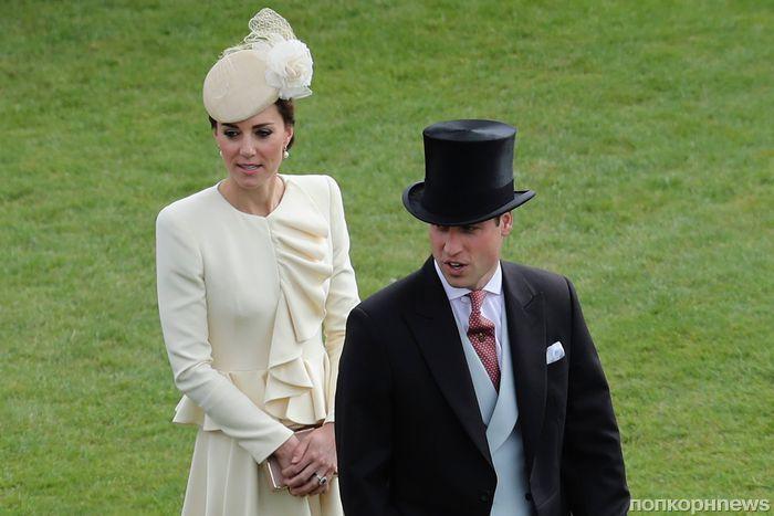 Принц Уильям и Кейт Миддлтон на званом вечере в саду Букингемского дворца
