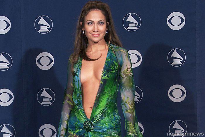 Дженифер Лопес рассказала, что сервис Google Images был придуман из-за её культового платья от Versace