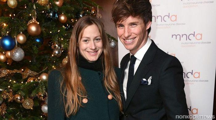 Эдди Редмэйн с беременной супругой на благотворительном ужине в Лондоне