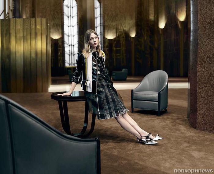 Наталья Водянова и Саша Пивоварова снялись в рекламе Prada весна-лето 2016