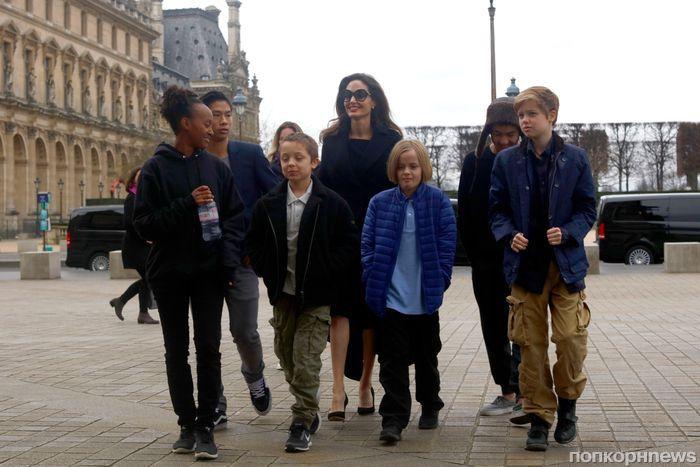 Анджелина Джоли трижды сводила детей на мюзикл «Злая» в Лондоне
